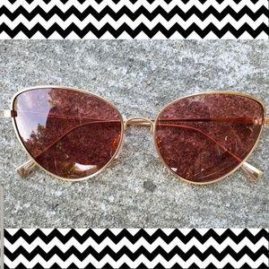 Pink lenses cat eye sunglasses NWOT